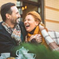 Noces d'acajou – 27 ans de mariage : idées cadeaux et signification
